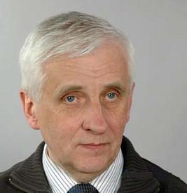 Dr Adam Cyra