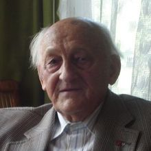 Dr Józef Matynia (1919-2012)