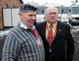 Petro Fedorowicz Miszczuk (z lewej), fot. 2011 r.